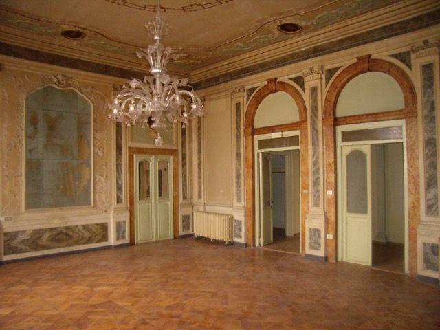 Palazzo Grimani in Venice before restoration